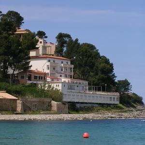 Citric hotel aan de baai van Port de Soller.
